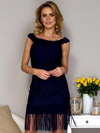 Granatowa sukienka z frędzlami