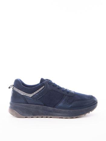 Granatowe buty sportowe z brokatową wstawka wokół cholewki