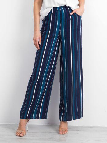 Granatowe spodnie Hefty