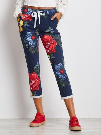 Granatowo-czerwone spodnie Roses