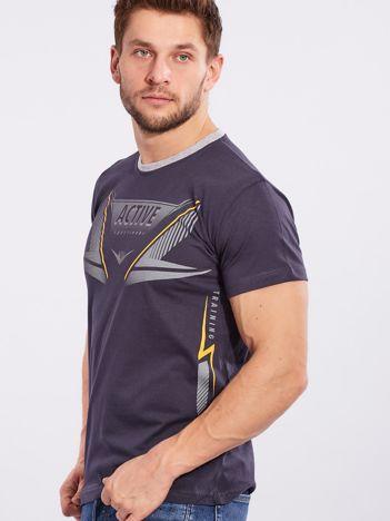 Granatowy męski t-shirt z printem