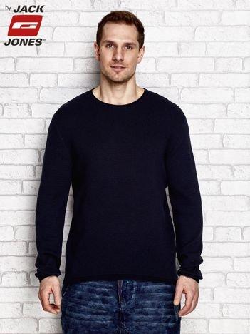 Granatowy sweter męski o strukturalnym wzorze
