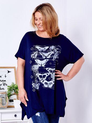 Granatowy t-shirt damski w motyle PLUS SIZE