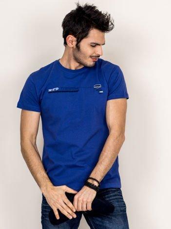 Granatowy t-shirt męski z drobnym printem