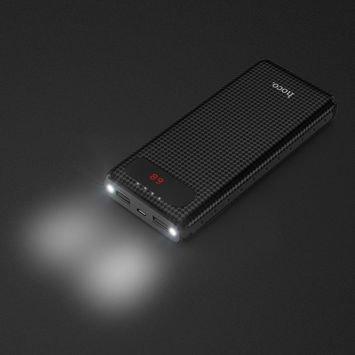 """HOCO B20A Powerbank """"MIGE""""o mocy 20000 mAh podwójny USB z włókna węglowego , cyfrowy wskaźnik baterii ,podwójne światło-latarka .Kolor czarny."""
