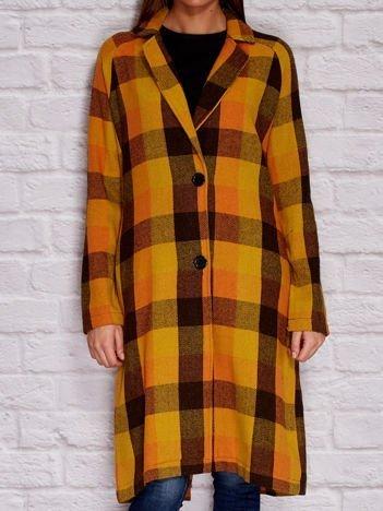 Jasnobrązowy płaszcz w kratę