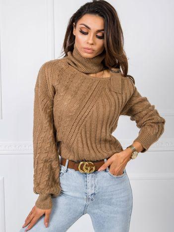 Jasnobrązowy sweter Jasmina