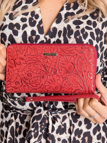 Jasnoczerwony portfel skórzany