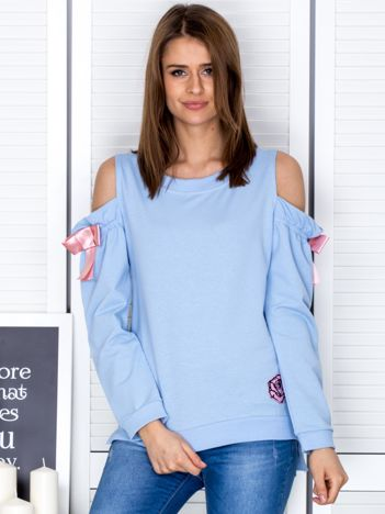 Jasnoniebieska bluza cut out z wstążkami