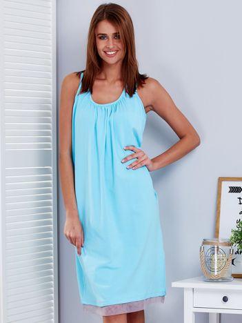 Jasnoniebieska sukienka z siatkowymi wstawkami