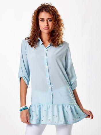 Jasnoniebieska szyfonowa tunika z perełkami