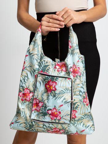 Jasnoniebieska torba na zakupy w roślinne wzory