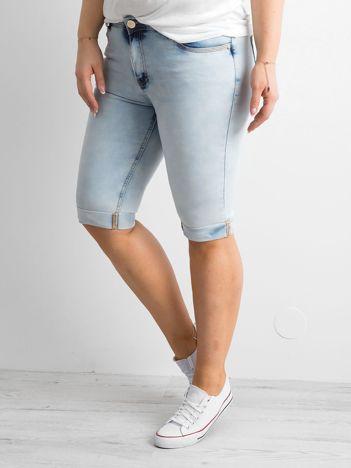 Jasnoniebieskie jeansowe szorty PLUS SIZE