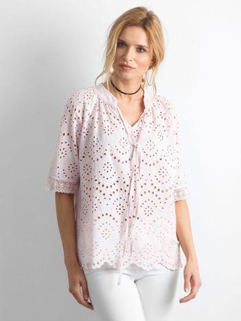 Jasnoróżowa ażurowa bluzka