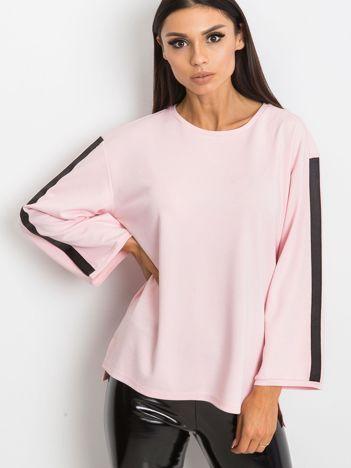 Jasnoróżowa bluzka Glam