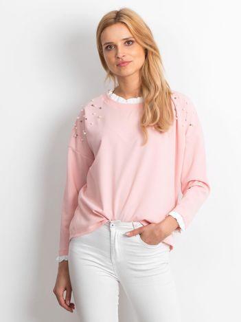 Jasnoróżowa bluzka damska z perełkami