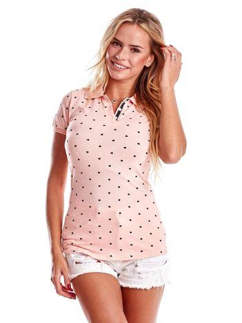 Jasnoróżowa damska koszulka polo w serduszka