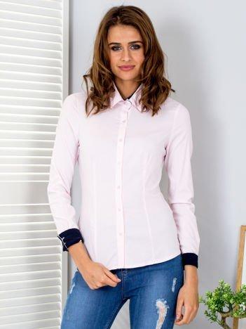 Jasnoróżowa koszula w drobne paski