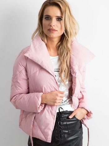 Jasnoróżowa kurtka damska