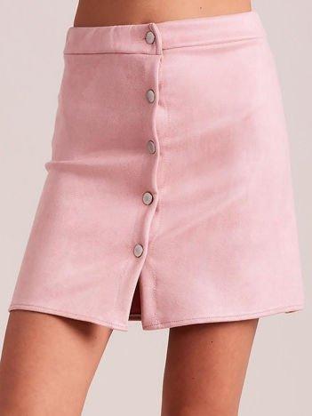 Jasnoróżowa spódnica z imitacji zamszu