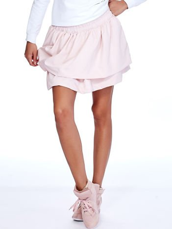 Jasnoróżowa spódnica z warstwowymi falbanami