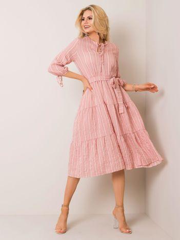 Jasnoróżowa sukienka Hannah