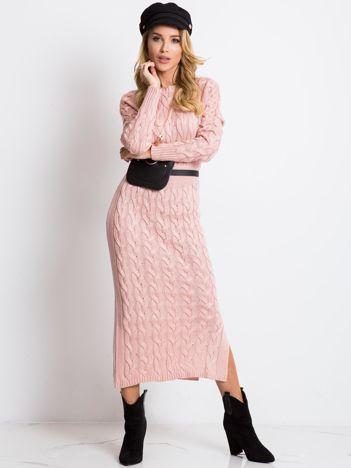 Jasnoróżowa sukienka Time