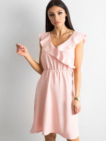 Jasnoróżowa sukienka damska z falbanami