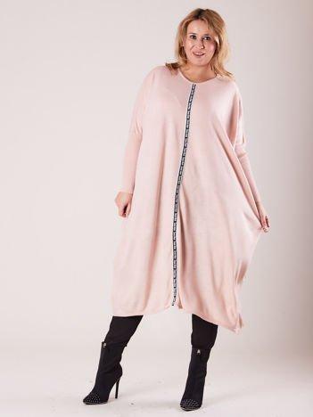 Jasnoróżowy damski długi sweter PLUS SIZE