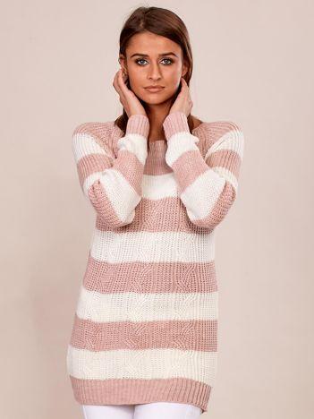 Jasnoróżowy sweter damski w paski