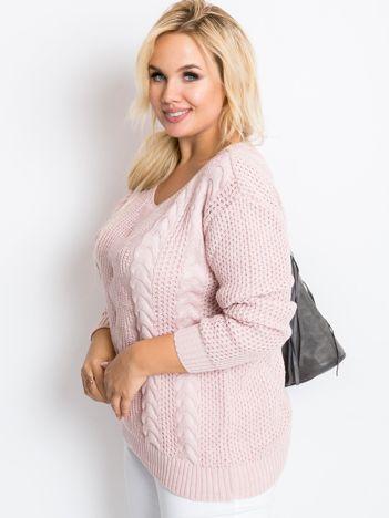 Jasnoróżowy sweter plus size Ruffle