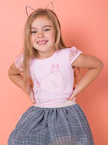 Jasnoróżowy t-shirt dla dziewczynki z dżetami