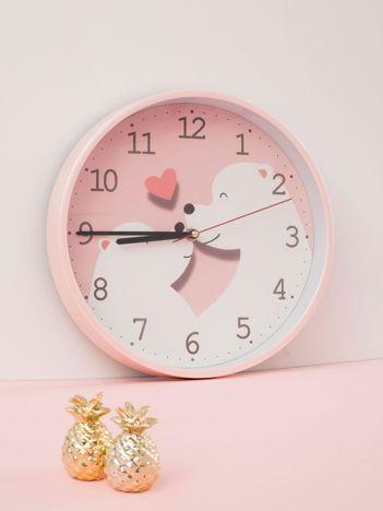 Jasnoróżowy zegar ścienny