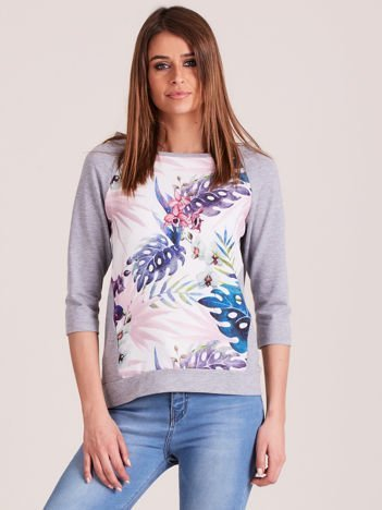 Jasnoszara bluza z motywem egzotycznych roślin