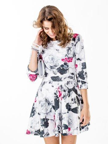 Jasnoszara rozkloszowana sukienka flower print