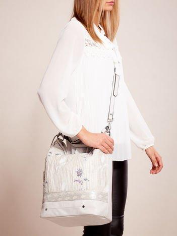 Jasnoszara torba z łączonych materiałów w stylu japońskim
