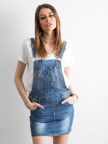 Jeansowa spódnica na szelkach niebieska