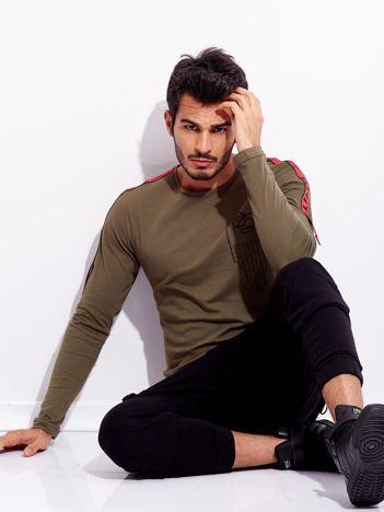 Khaki bluzka dla mężczyzny z ozdobnymi taśmami