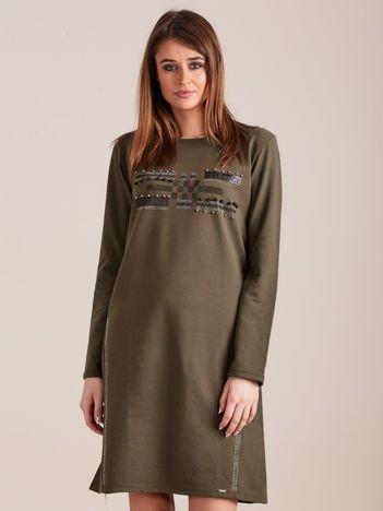 Khaki dresowa sukienka z aplikacją