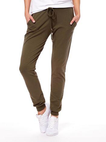 Khaki spodnie dresowe ze ściągaczami
