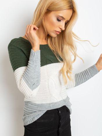 Khaki-szary sweter w szerokie pasy