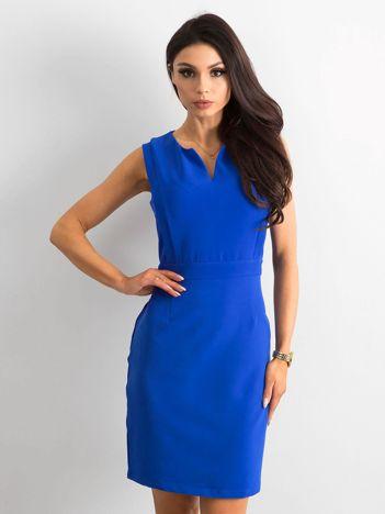 Kobaltowa gładka sukienka koktajlowa