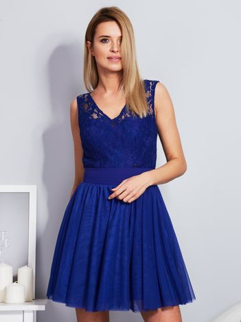 Kobaltowa sukienka z koronkową górą