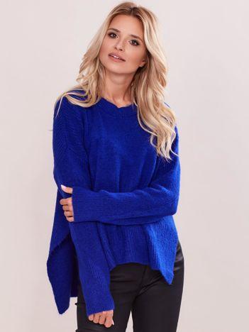 Kobaltowy asymetryczny sweter