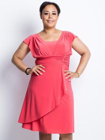 Koralowa sukienka plus size Columbia