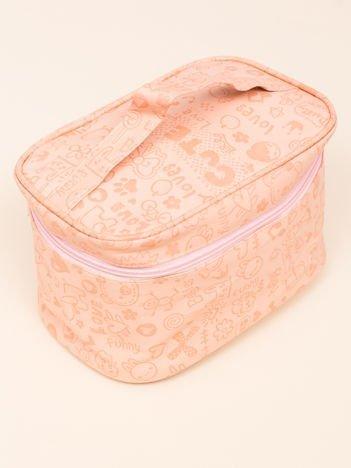 Kosmetyczka damska pastelowa brzoskwiniowa typu kuferek