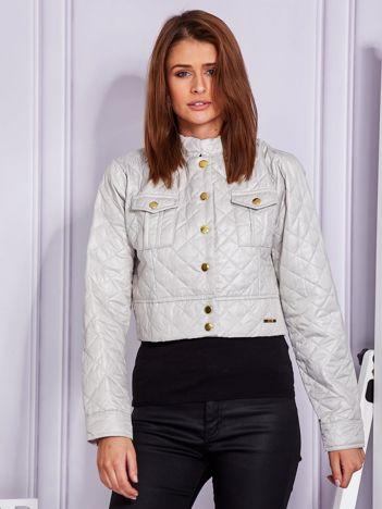 Krótka pikowana kurtka na guziki beżowa