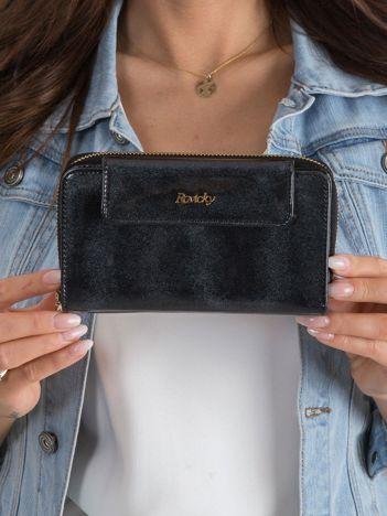 Lakierowany damski portfel czarny