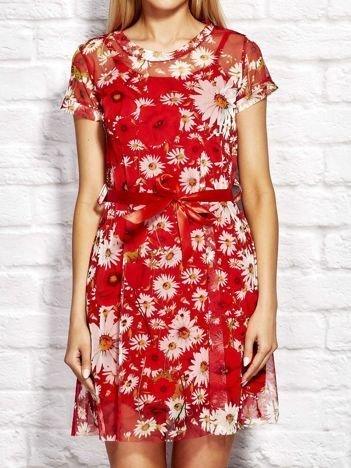 Letnia warstwowa sukienka w kwiaty czerwona