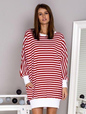 Luźna sukienka nietoperz w paski czerwona